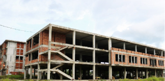 Dự án ký túc xá sinh viên bị bỏ hoang ở Đà Nẵng