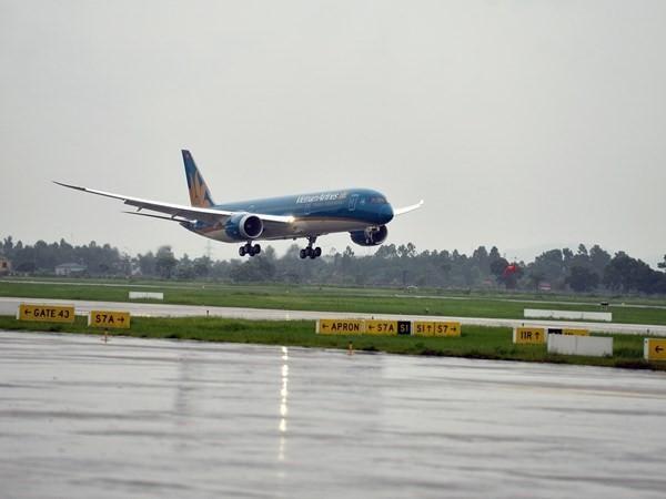 Hủy nhiều chuyến bay Việt Nam - Nhật Bản do ảnh hưởng của siêu bão