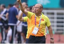 HLV Park Hang Seo trở lại Việt Nam chuẩn bị cho trận chiến cup vàng