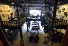 Không gian tĩnh lặng của quán cafe nhà sàn cổ Người Mường
