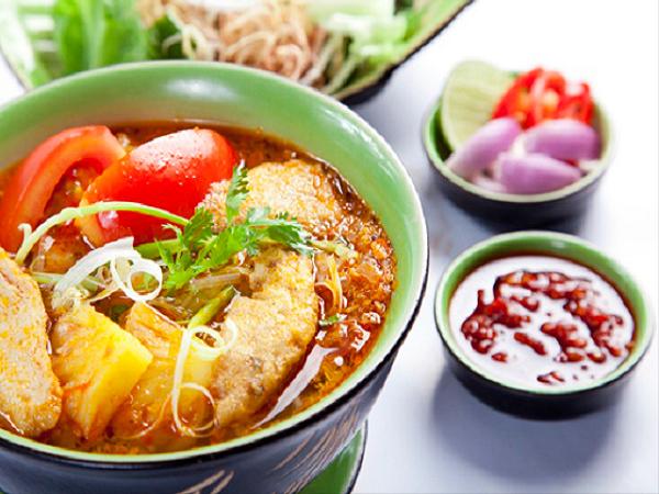 Đặc sản Bình Định - Bún chả cá Quy Nhơn