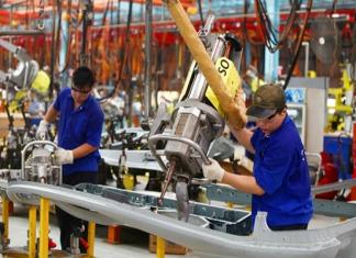 Chỉ số sản xuất công nghiệp tăng, đẩy mạnh xúc tiến thương mại