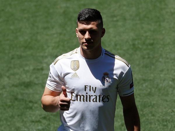 Bom tấn Luka Jovic có thểbị Real cho mượn