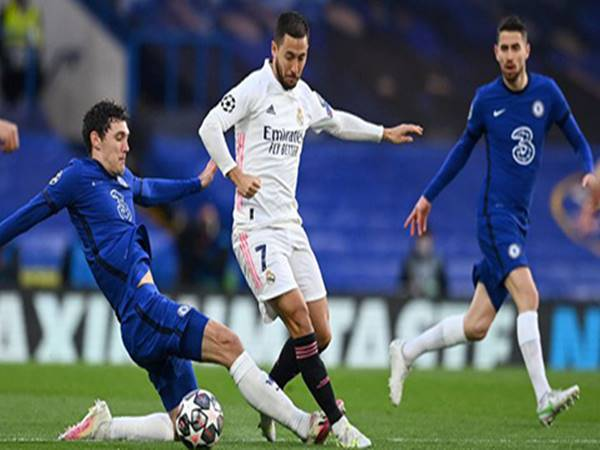 Chuyển nhượng tối 22/7: Chelsea được mời mua lại Hazard