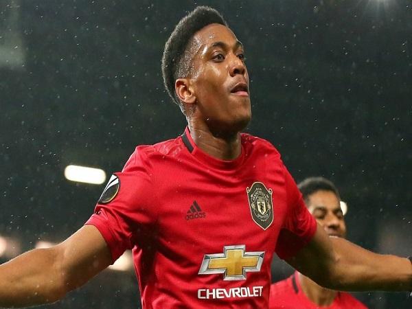 Man Utd ra giá bán Martial